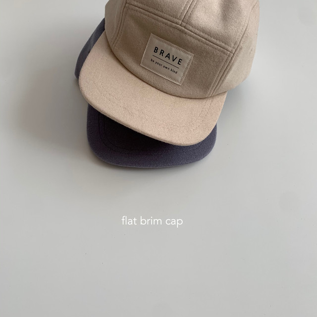 653. flat brim cap