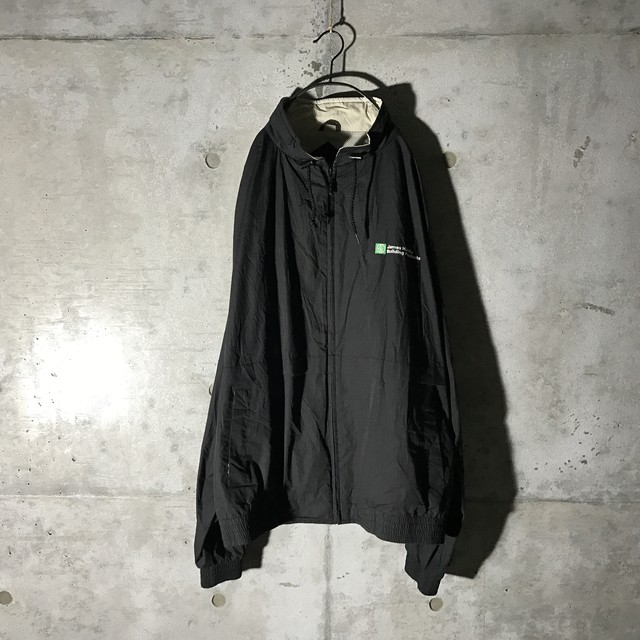 [used] too big black poly jacket