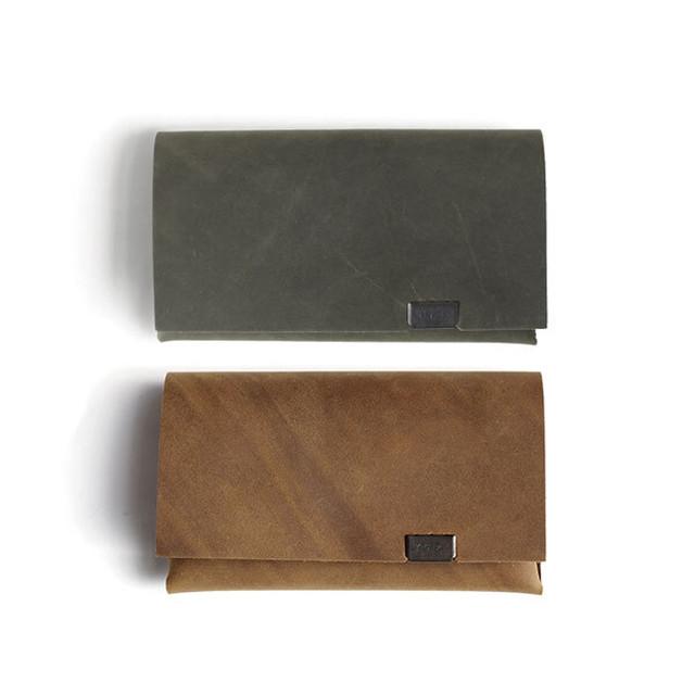 オイルヌバック カードケース 限定色カーキ&ブラウン