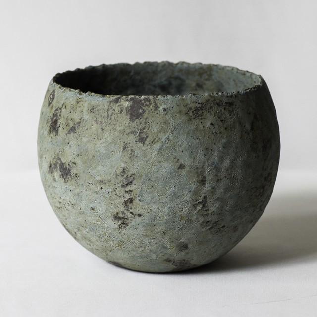 捻り青錆鉢(L)