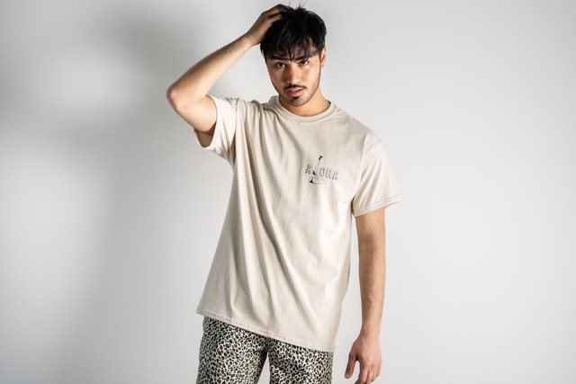 Three Heart S/S TEE (beige)