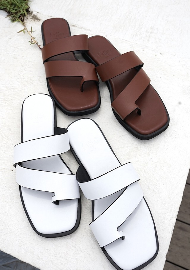 Simple flat sandals