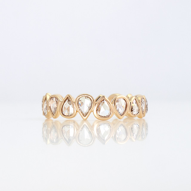 Rosecut diamond full eternity ring / pear shape