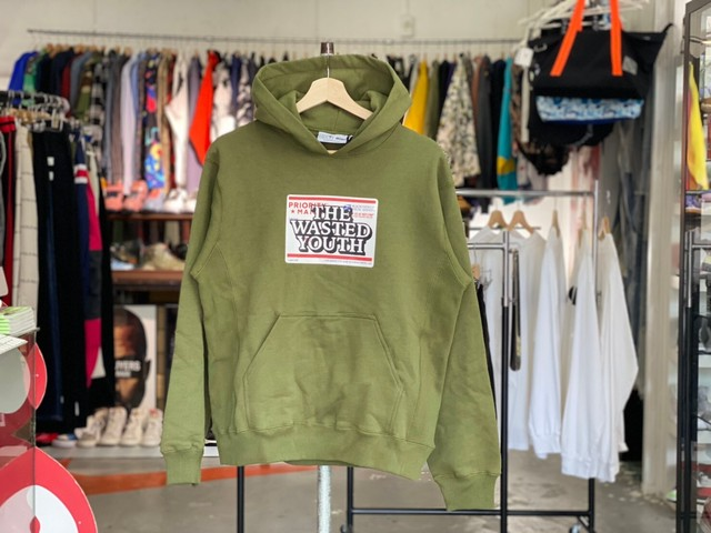 BLACK EYE PATCH × WASTED YOUTH  BEP PRIORITY LABEL HOODIE SMALL OLIVE 90KE5089