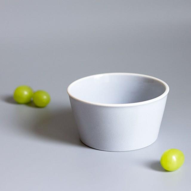 「シエル Ciel」きほんのうつわ 小鉢 ふた付レンジパック(キャニスター) 直径約10×深さ6cm ライトグレー 美濃焼 520131
