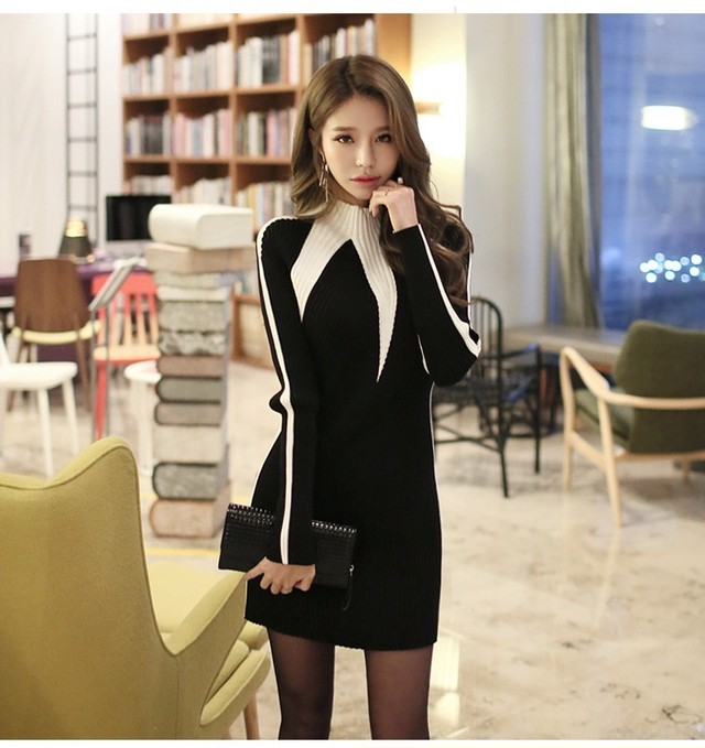 【dress】Solid color standing collar knitted dress