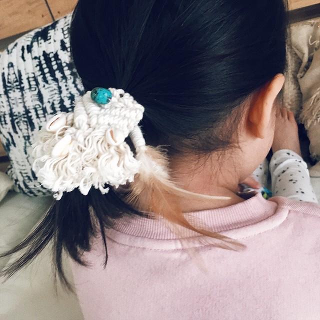 Macrame hair tie 002