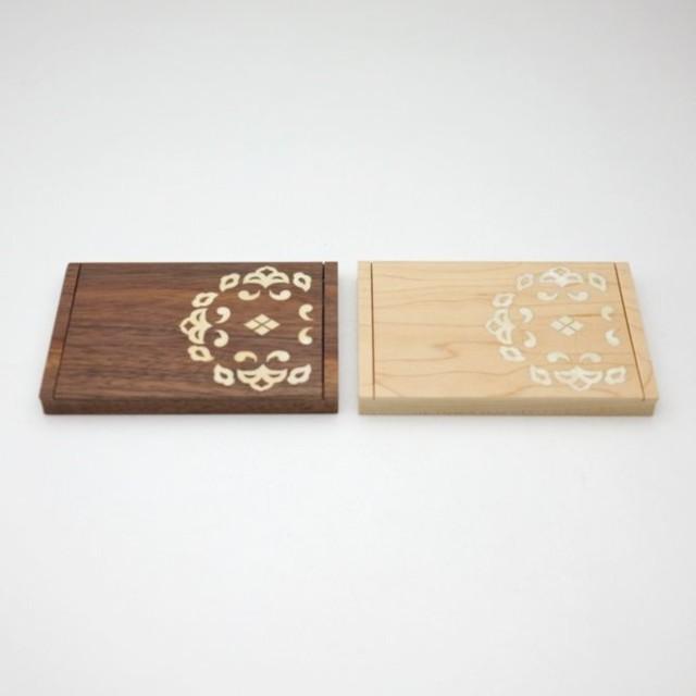 翁知屋 螺鈿唐草名刺ケース