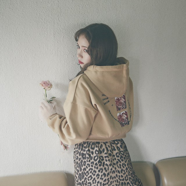 【lottie made】unbrithday hoodie (AT25F1002 B)