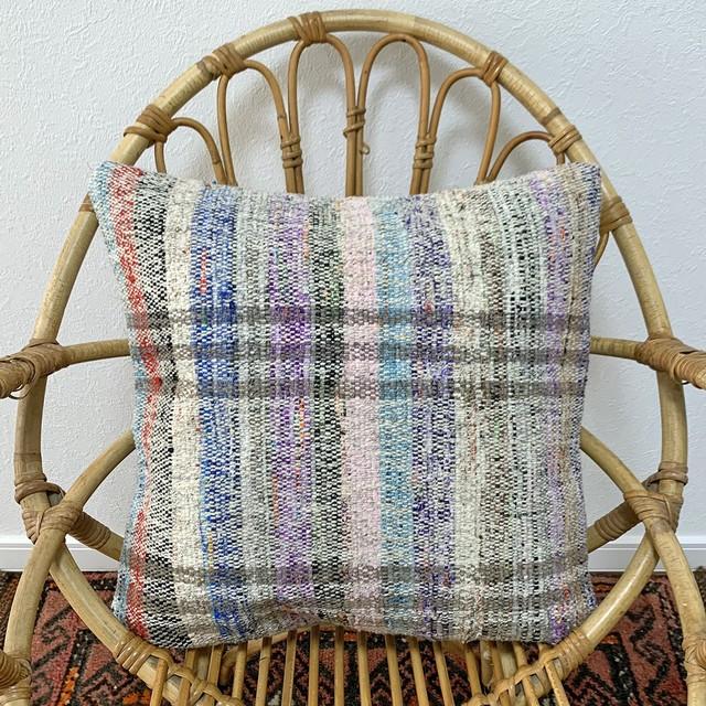 手織り キリム クッション 中 C145
