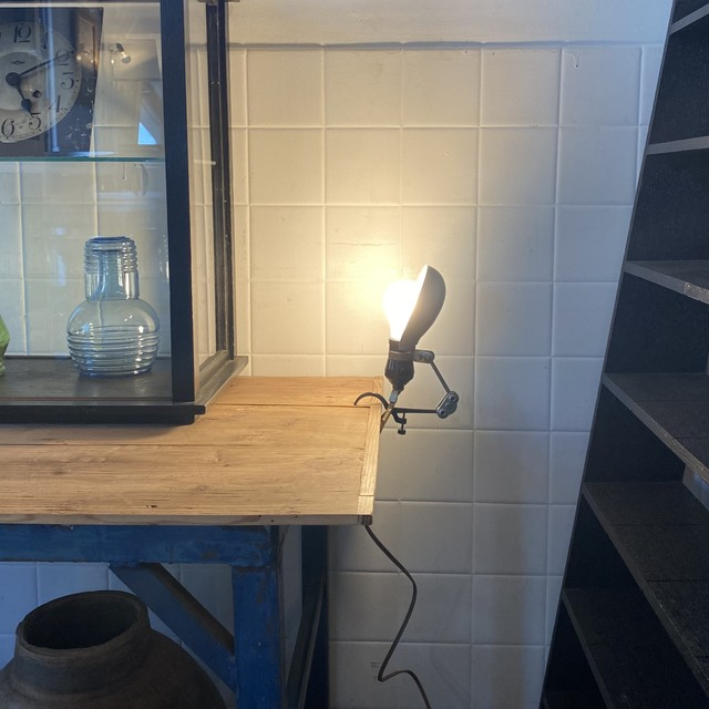 アームクランプの小型ランプ