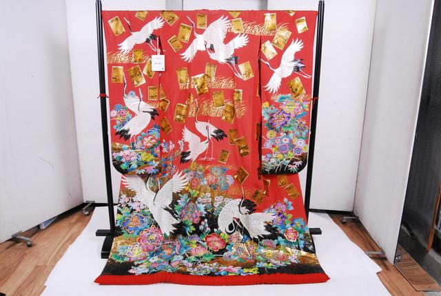 1155 美品 着物 打掛 正絹 奉賀双鶴寿 振袖 赤 鶴 牡丹 金の原 菊 金彩 身丈189cm 裄丈66.5cm