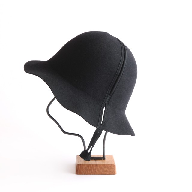 mature ha./folding hat/black
