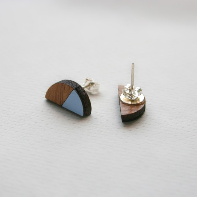 Formica Natalia Studs | 結婚記念日プレゼント | ピアス | 木婚式 |