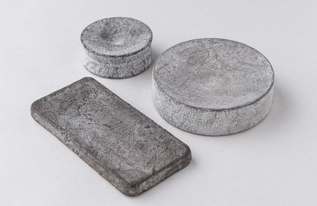 鳥居明生 陶の塊(丸台皿・大)