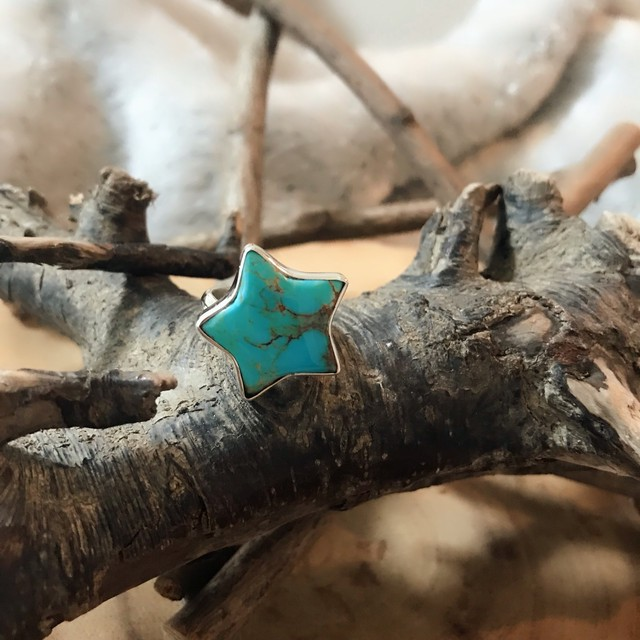 Big Star Turquoise ring