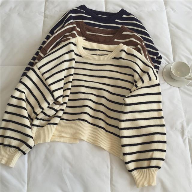 〈カフェシリーズ〉バックボタンニットセーター【back button knit sweater】