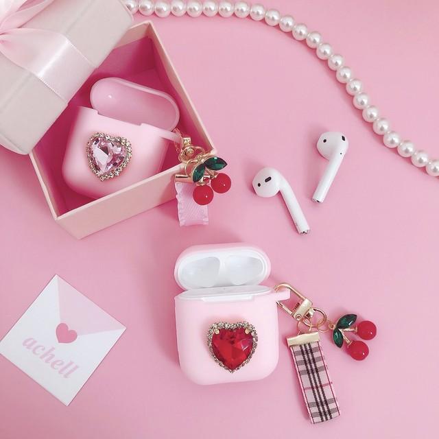 heart bijou cherry AirPods case