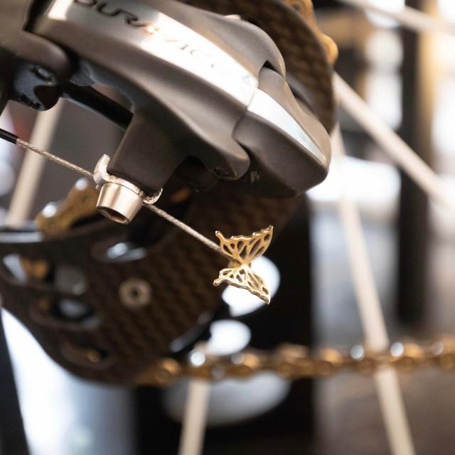 蝶のエンドキャップ 真鍮 / Endcap_Brass