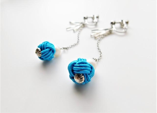 *SUMMER SALE* 玉結びとチェーンの耳飾り Color:ブルー