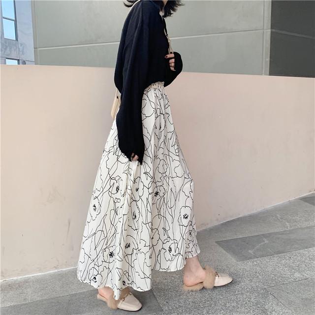 [BEST]フラワーデザインロングスカート