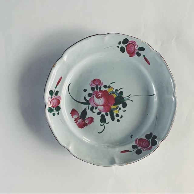 ハンドペイントの花皿