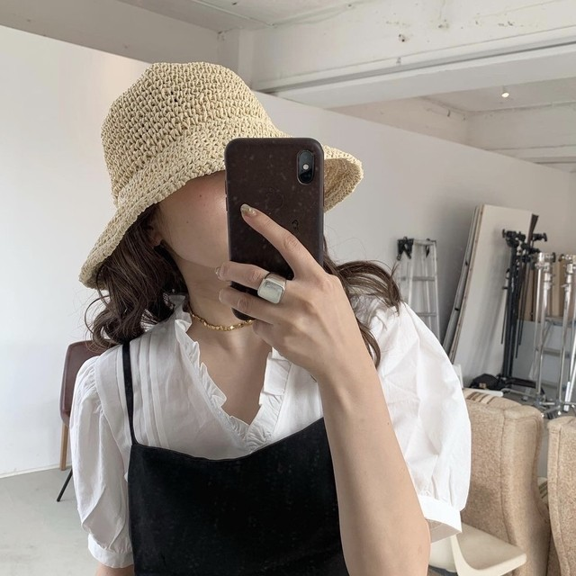 Frill half sleeve blouse