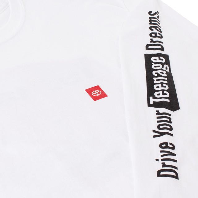 "TOYOTA ""HIACE"" Long Sleeve - White"