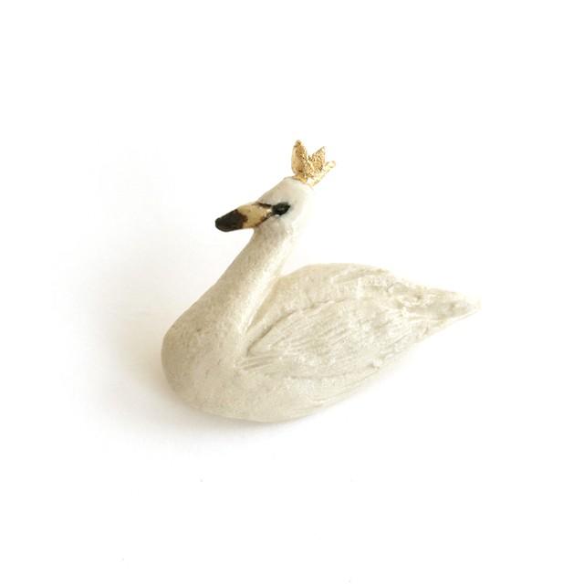 白鳥のブローチ (灯々舎)