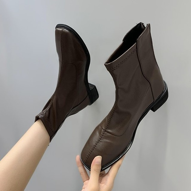 Leather Low Heel Boots T582