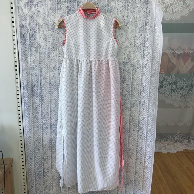 Apron dress〈white×red〉