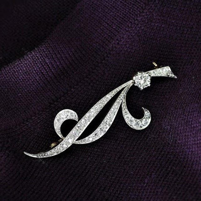 Diamond & Platinum Brooch ダイヤモンド&プラチナ ブローチ