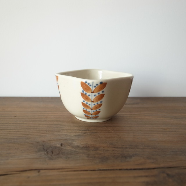 ARABIA / hand painted small bowl