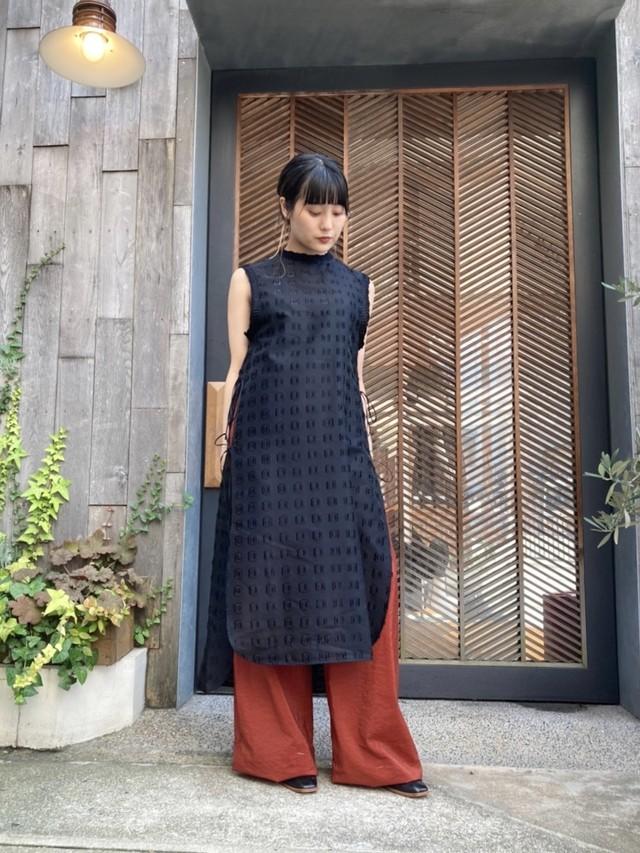【20AW】mame kurogouchi マメクロゴウチ / Embroidery Cuffs V-Neck Dress