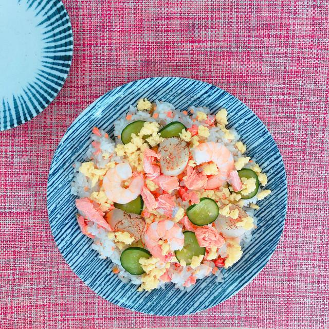 ちらし寿司セット【天然紅鮭の混ぜちらし寿司・海鮮具材】