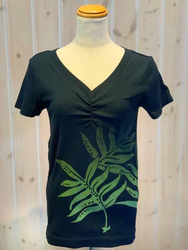 【MakaMaka/マカマカ】フラ経験者に人気の着心地の良さ。ラウアエTシャツ 半袖 黒 レッスン着に最適○