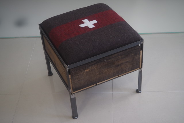 品番UEM1ー101  1drawer ottoman [narrow / European Military Blanket]