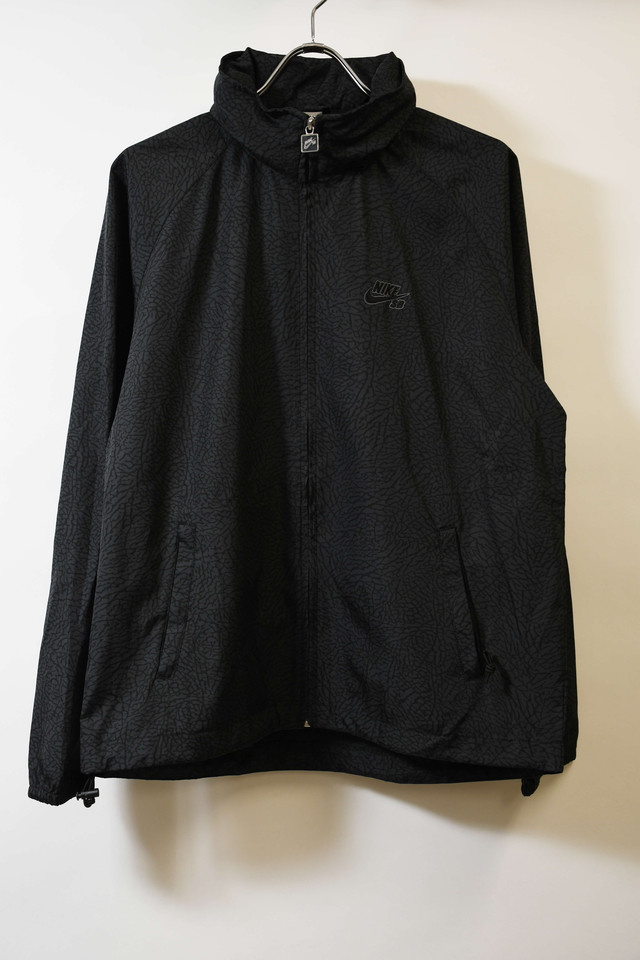 【Mサイズ】NIKE SB ナイキ エスビー CEMENT PATTERN ZIP NYLON JKT ナイロンジャケット BLK 200610190701