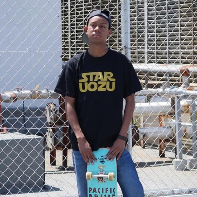 STAR UOZU Tシャツ ブラック×ゴールド