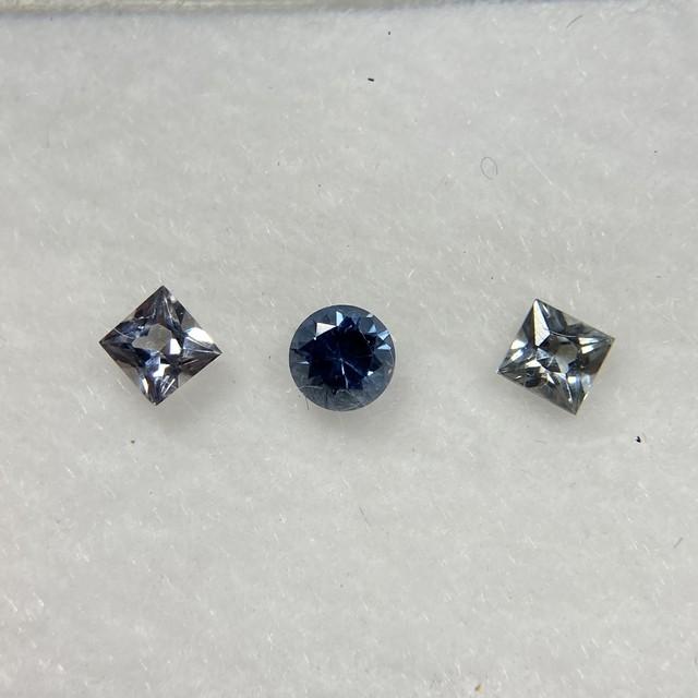 スピネル 丸と四角 セット 約2.2mm-2.7mm r-0302