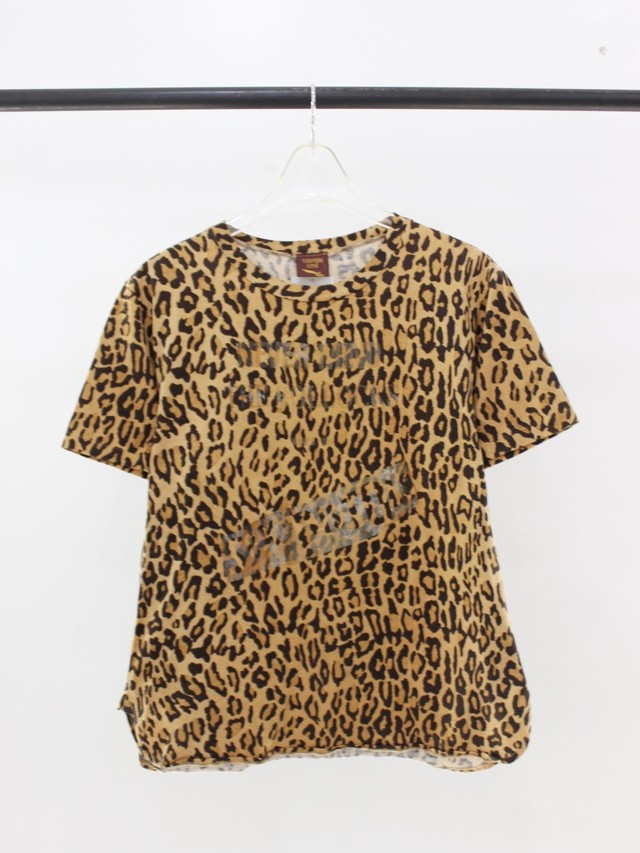 Used worlds end leopard Tee