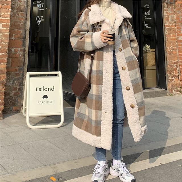 チェック柄 ボアコート ラムウール 韓国ファッション レディース コート 切り替え 折り襟 キルティング フロントボタン シングルブレスト 大人可愛い ガーリー / Thick quilted plaid wool coat (DTC-630519392038)