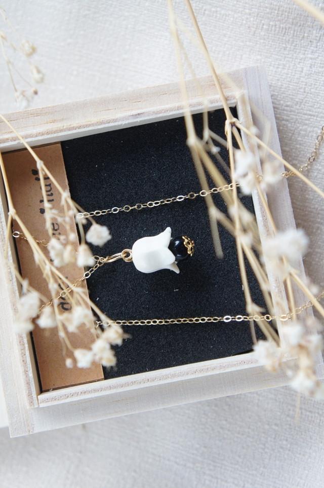 「星空の石」鈴蘭のネックレス