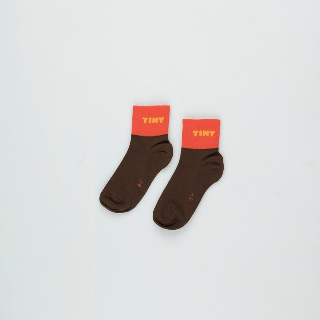 《TINYCOTTONS 2020AW》TINY QUARTER SOCKS / ultra brown × red / 2・4Y