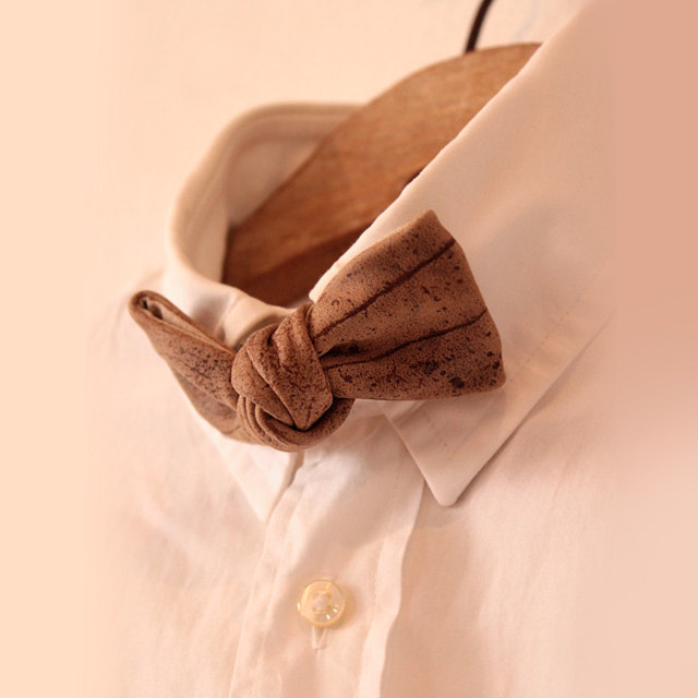 ANCHOR BRIDGE / LEATHER BOW TIE