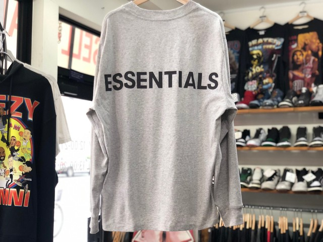 ESSENTIALS REFLECTIVE LOGO L/S TEE GREY MEDIUM 40JG7405