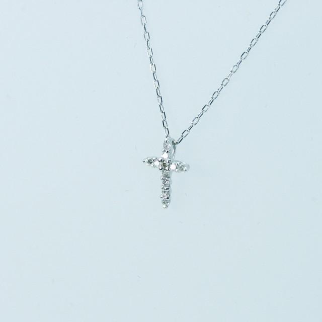 クロスのダイヤモンドペンダント K18ホワイトゴールド