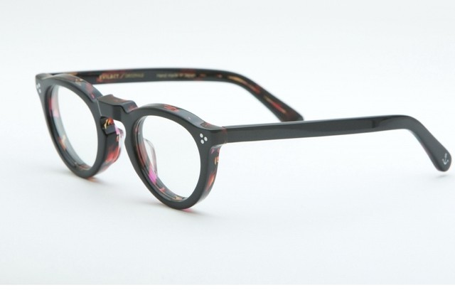 EVILACT eyewear ''GREEVES'' 調光レンズ