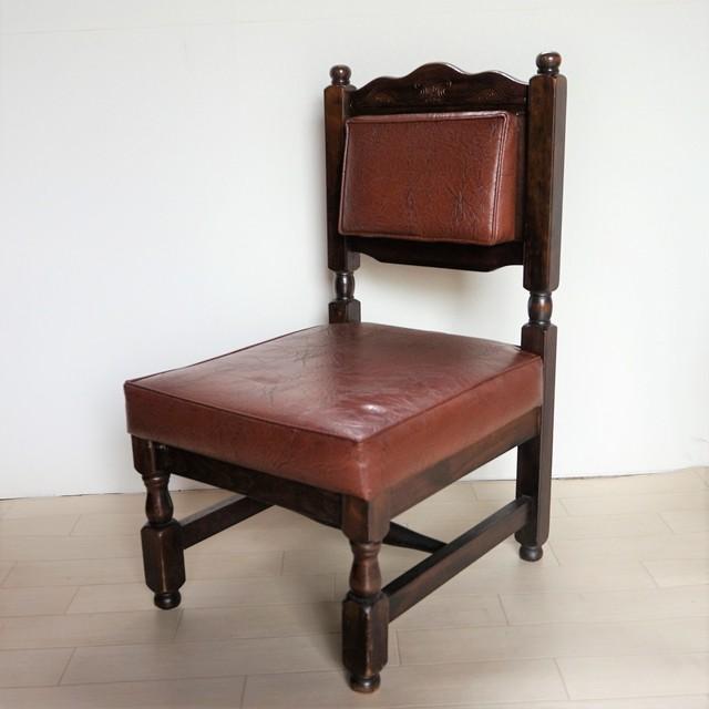 純喫茶の椅子
