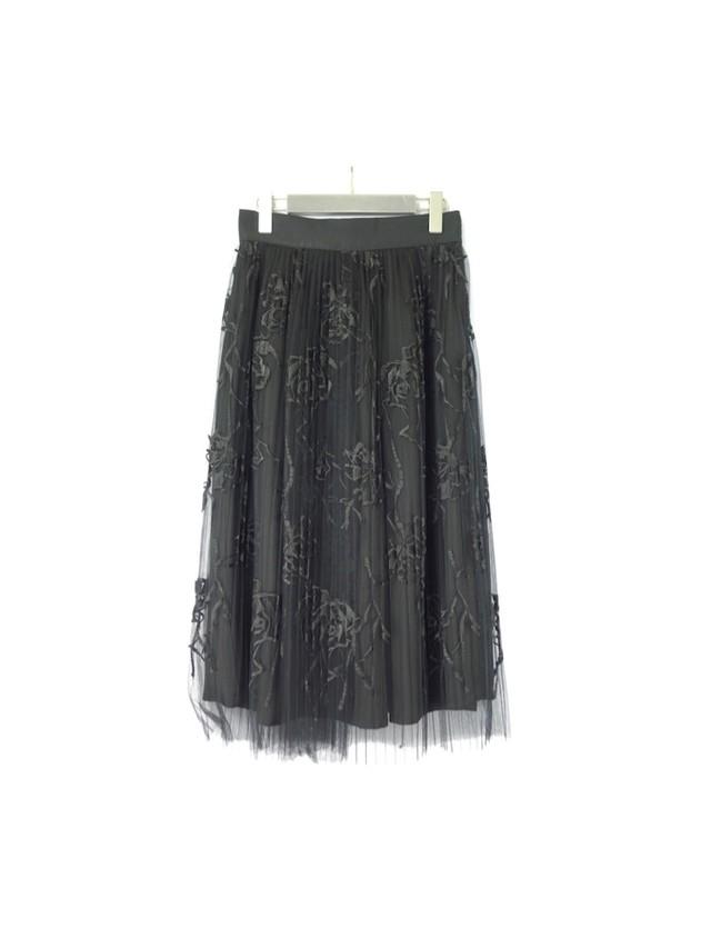 プリーツチュール刺繍スカート